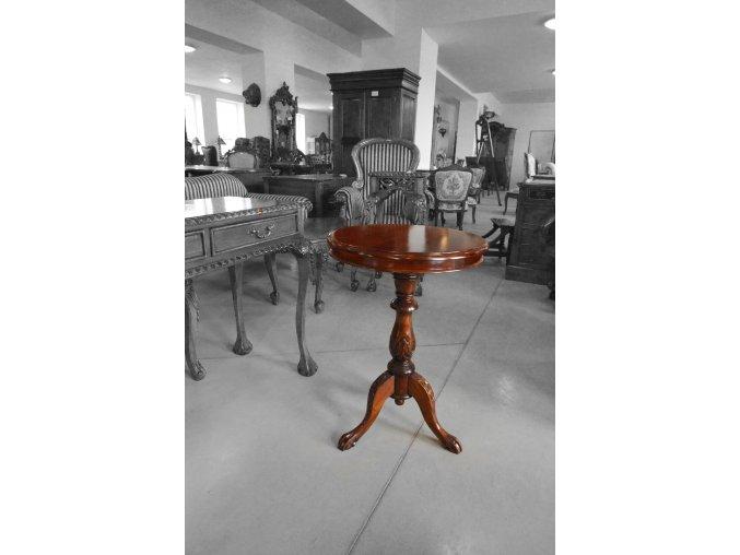 Příruční stolek - 60