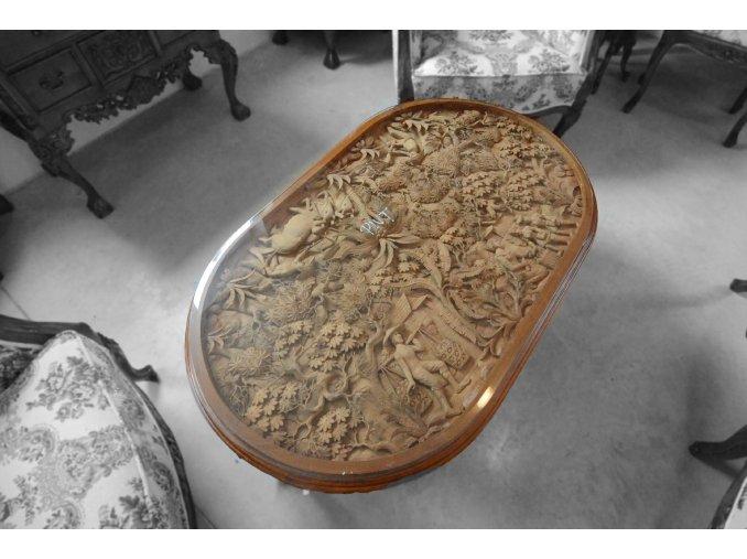 Reliéfní stolek - ovál