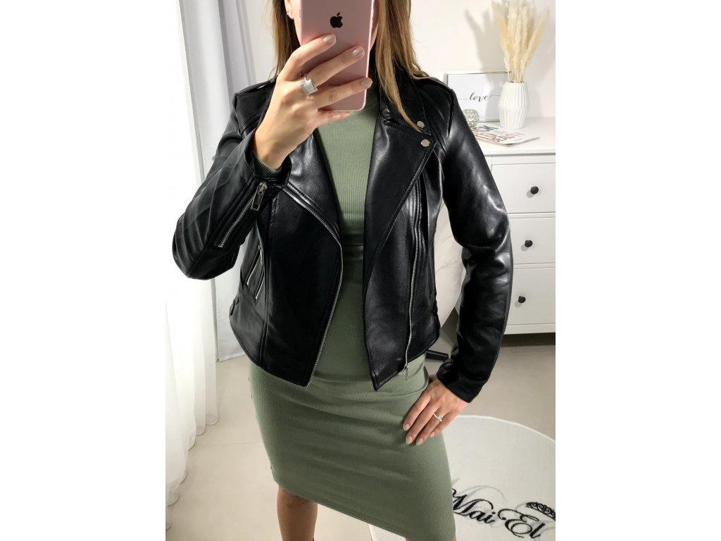 Černá koženková bunda křivák