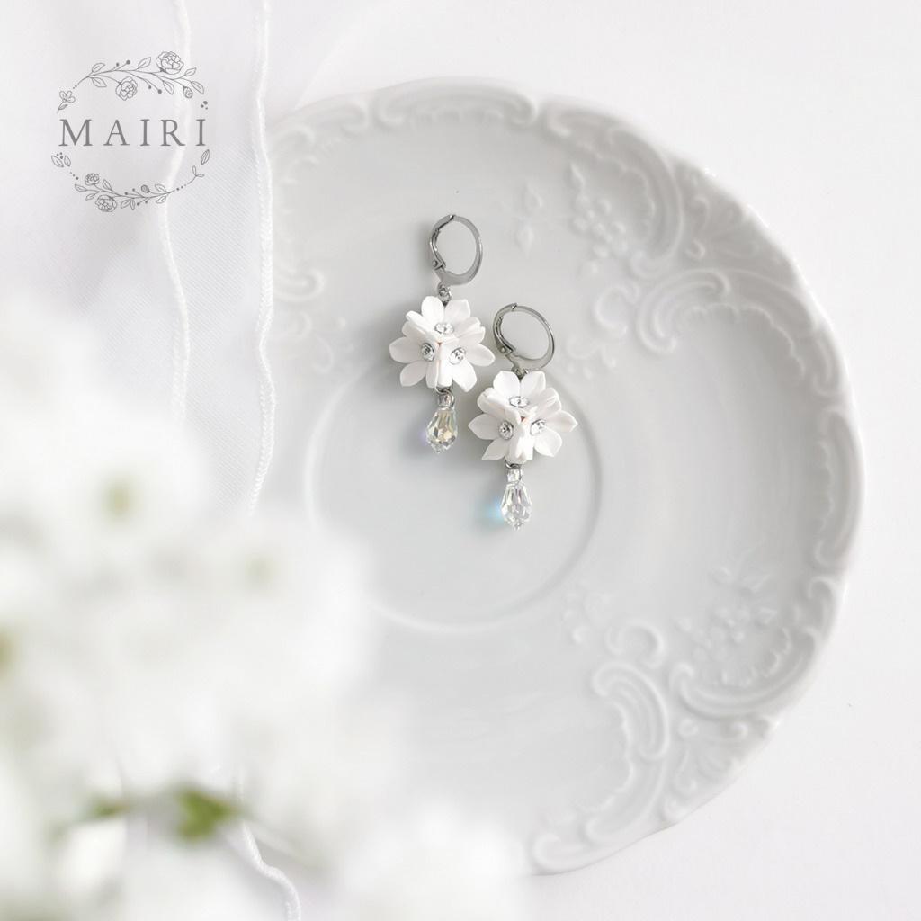 Mairi svatební květinové náušnice se slzičkami