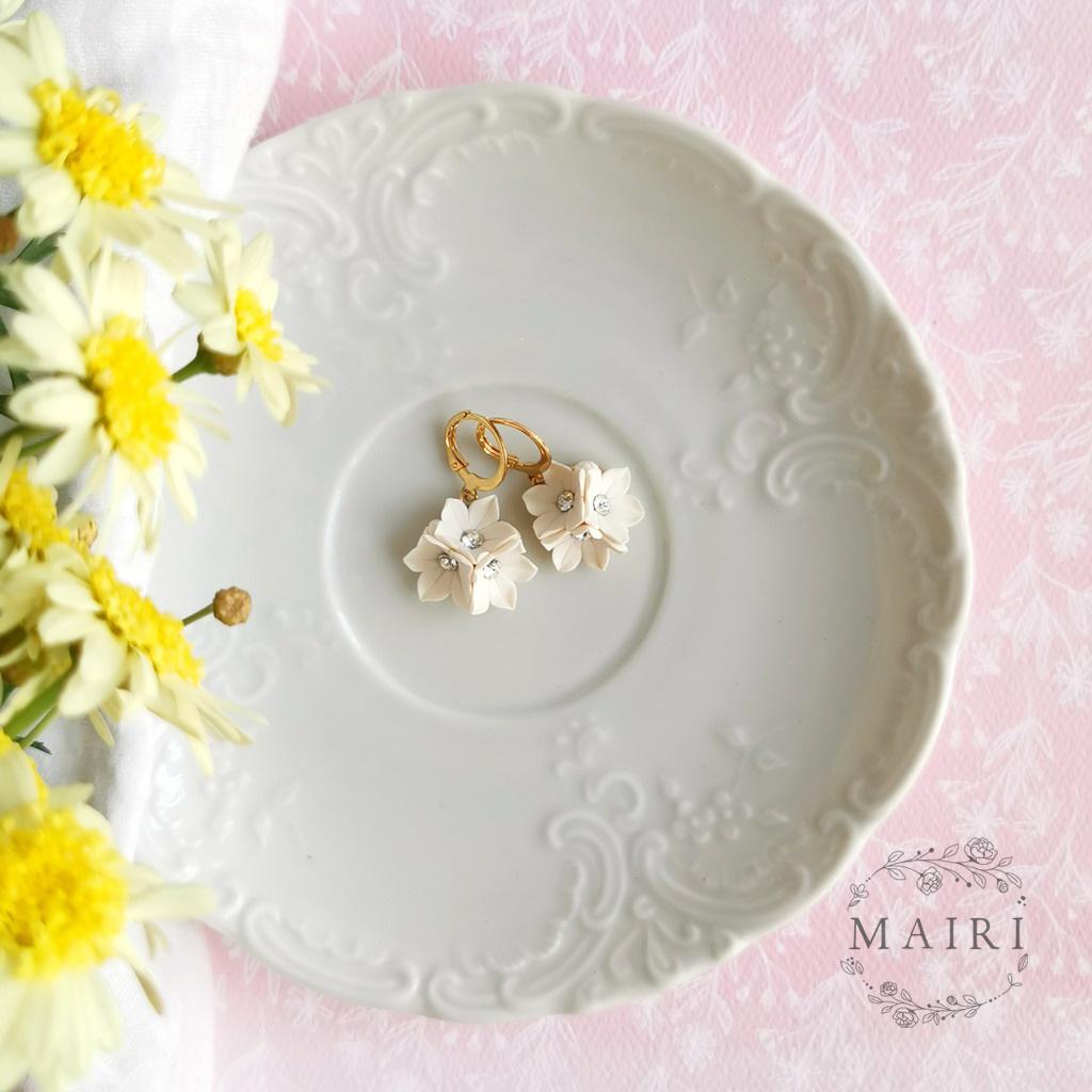 Mairi pozlacené květinové náušnice