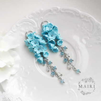 Belicia - pomněnkově modré květinové náušnice