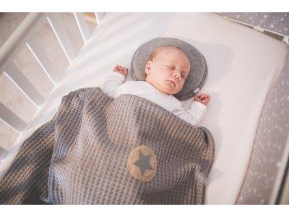 Little Angel Polštářek - podhlavník pro novorozence Outlast® - šedý melír