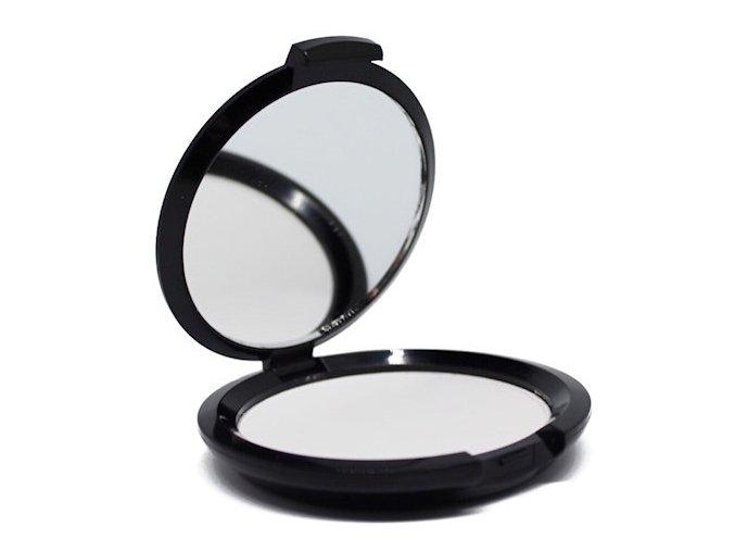 mmuk invisible blotting powder 1