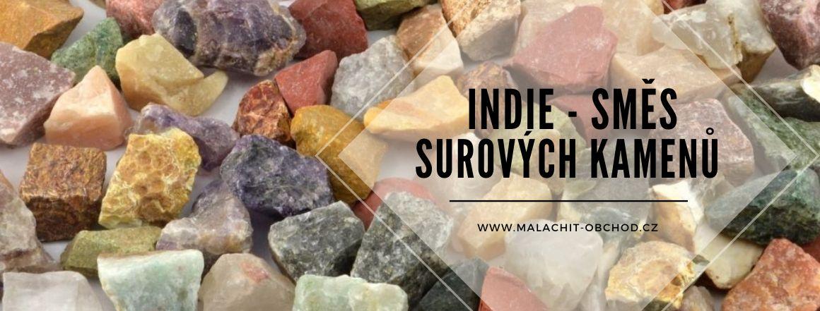 Směs surových kamenů z Indie