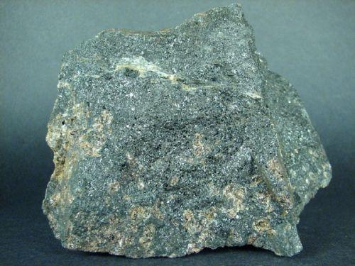 korund-hercynit-granat