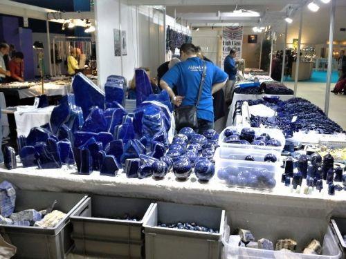lapis-lazuli-burza-mineralu