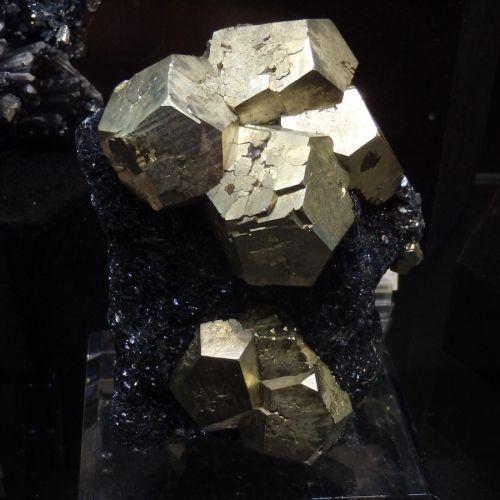 pyrit-hematit-italie-cca15cm