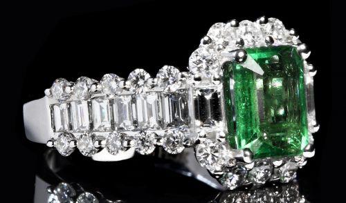 prsten-s-smaragdem