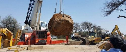 el-gacedo-campo-nej-meteorit