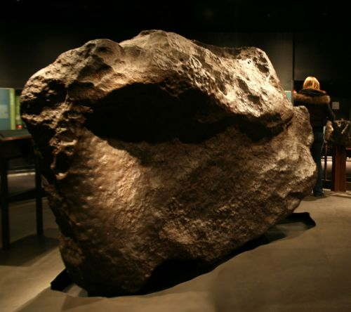 nej-meteorit-ahnighito