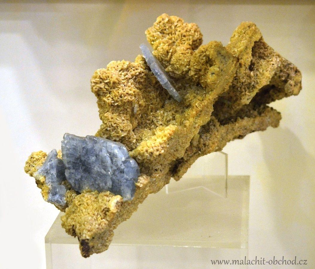 mzm-brno-mineraly-baryt-dolomit-cumberland-velka-britanie