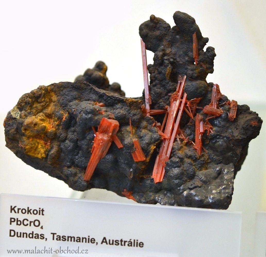 mzm-brno-mineraly-krokoit-australie-10cm