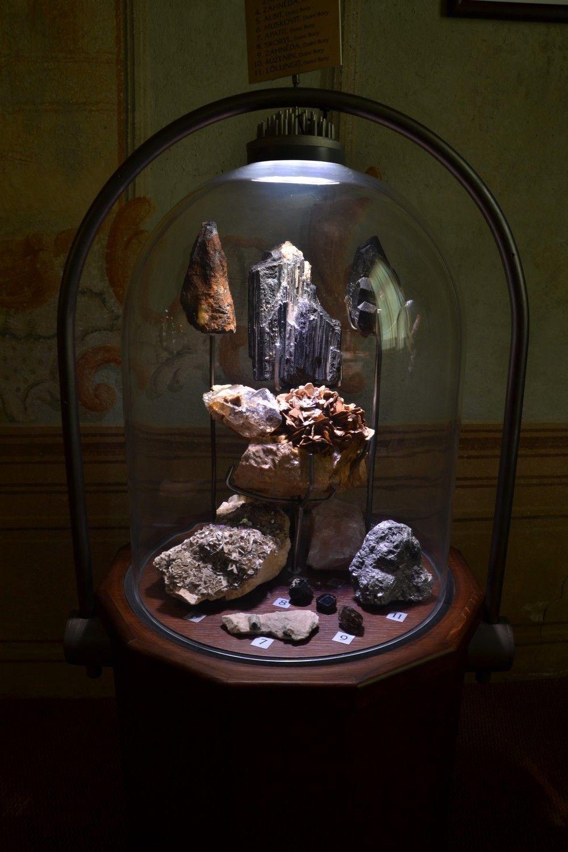 mineraly-dolnich-boru-muzeum-vysociny-jihlava