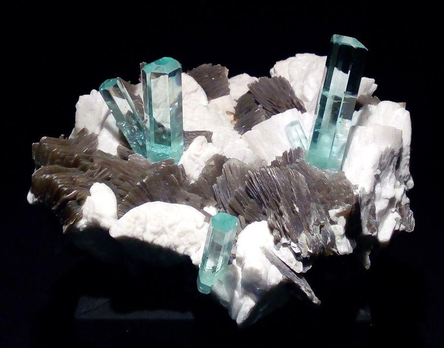 akvamarin-vystava-mineralu-mnichov