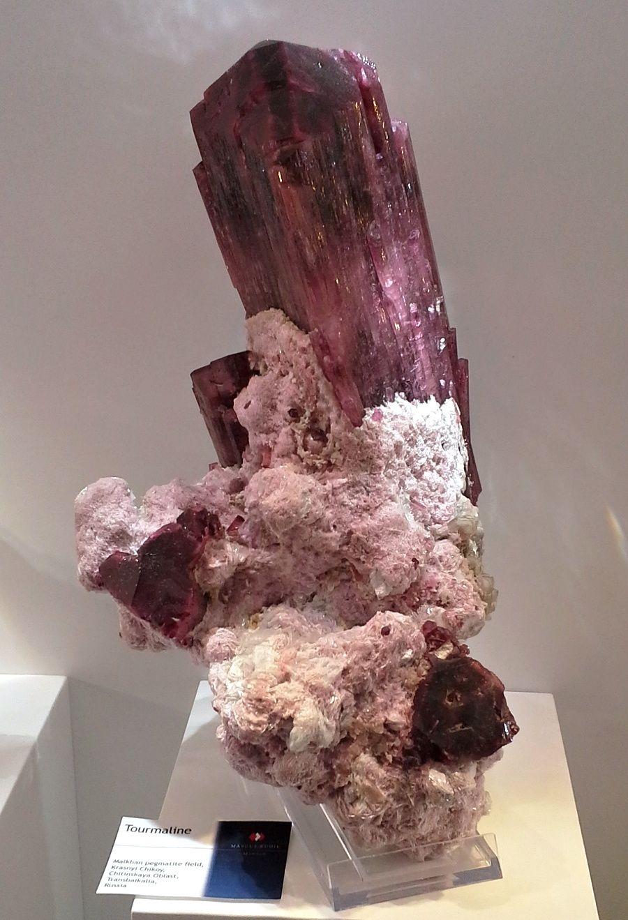 turmalin-vystava-mineralu-mnichov