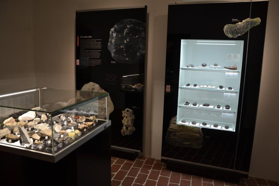 muzeu-trebic-prirodni-skla