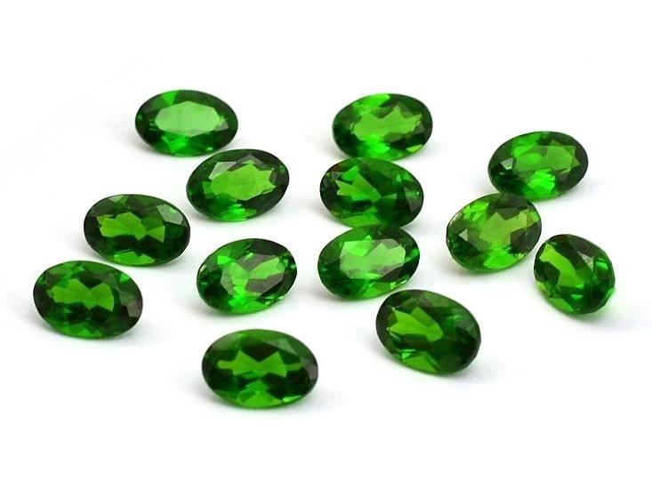 Šperkové kameny broušené chromdiopsid