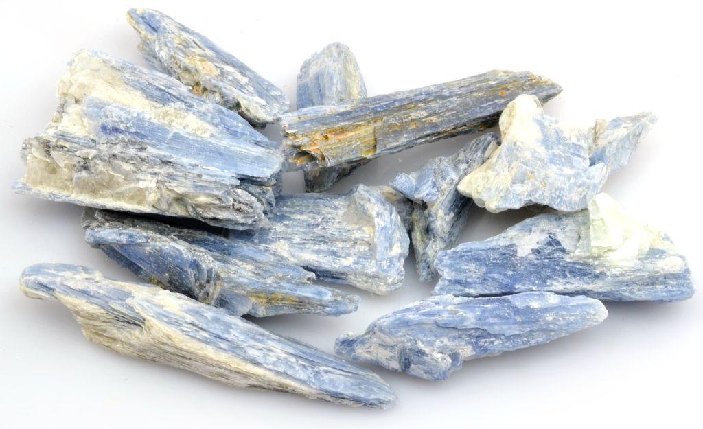 kyanit-disten-modry
