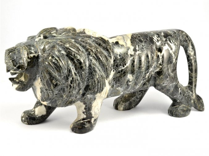 Lev z aragonitu 26cm (2,6kg)