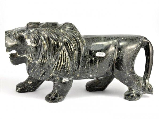 Lev z aragonitu 26cm (3,0kg)