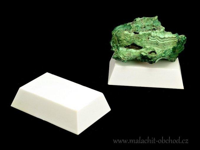 Podstavec pro minerály 6x4cm (bílý)