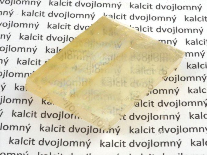 Kalcit dvojlomný (11)