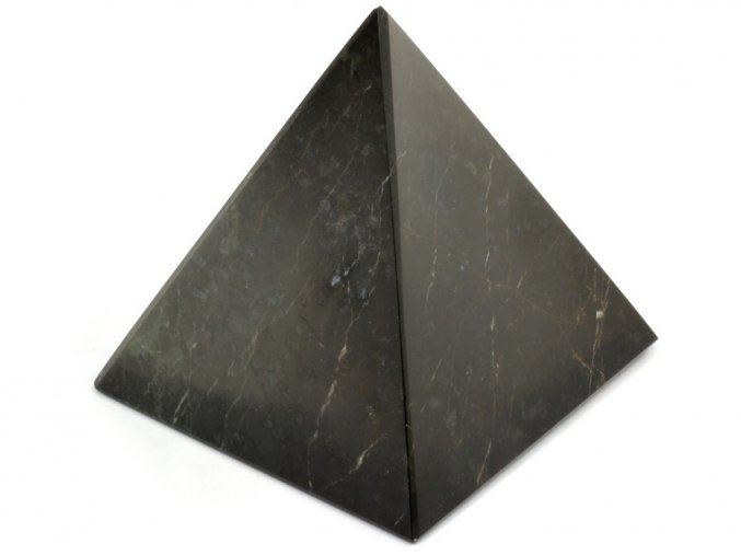 aragonit pyramida cerna 3