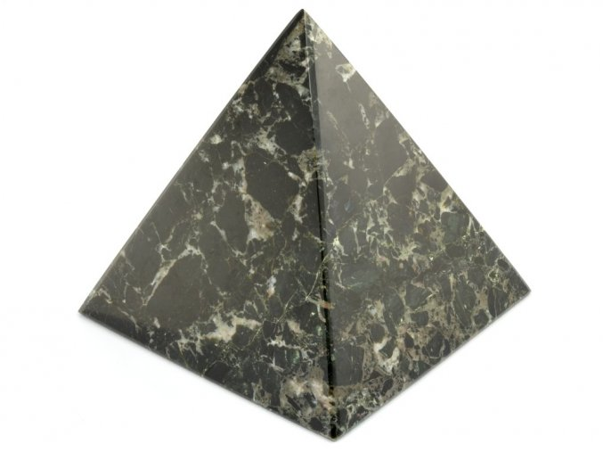 aragonit pyramida cerna 5a