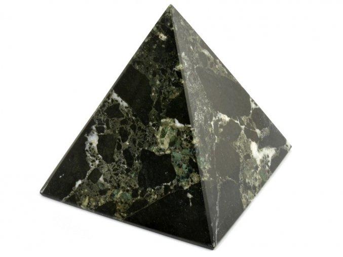 aragonit pyramida cerna 18a