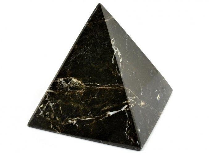 aragonit pyramida cerna 19