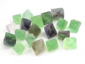 Fluorit krystal 1ks (2-3cm)