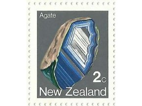 NEW ZEALAND 1982 2c AGATE