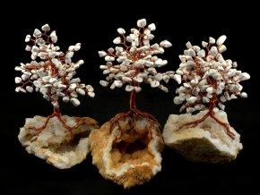 Stromeček štěstí, howlit na křišťálu