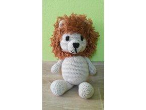 Háčkovaná zvířátka lev