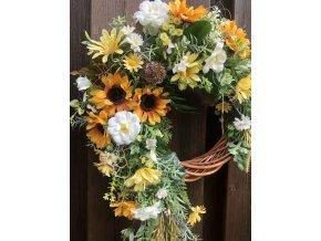 Květinový věnec žlutý