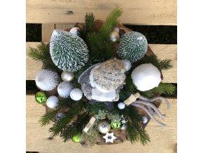 Dřevěná adventní dekoracevěnec