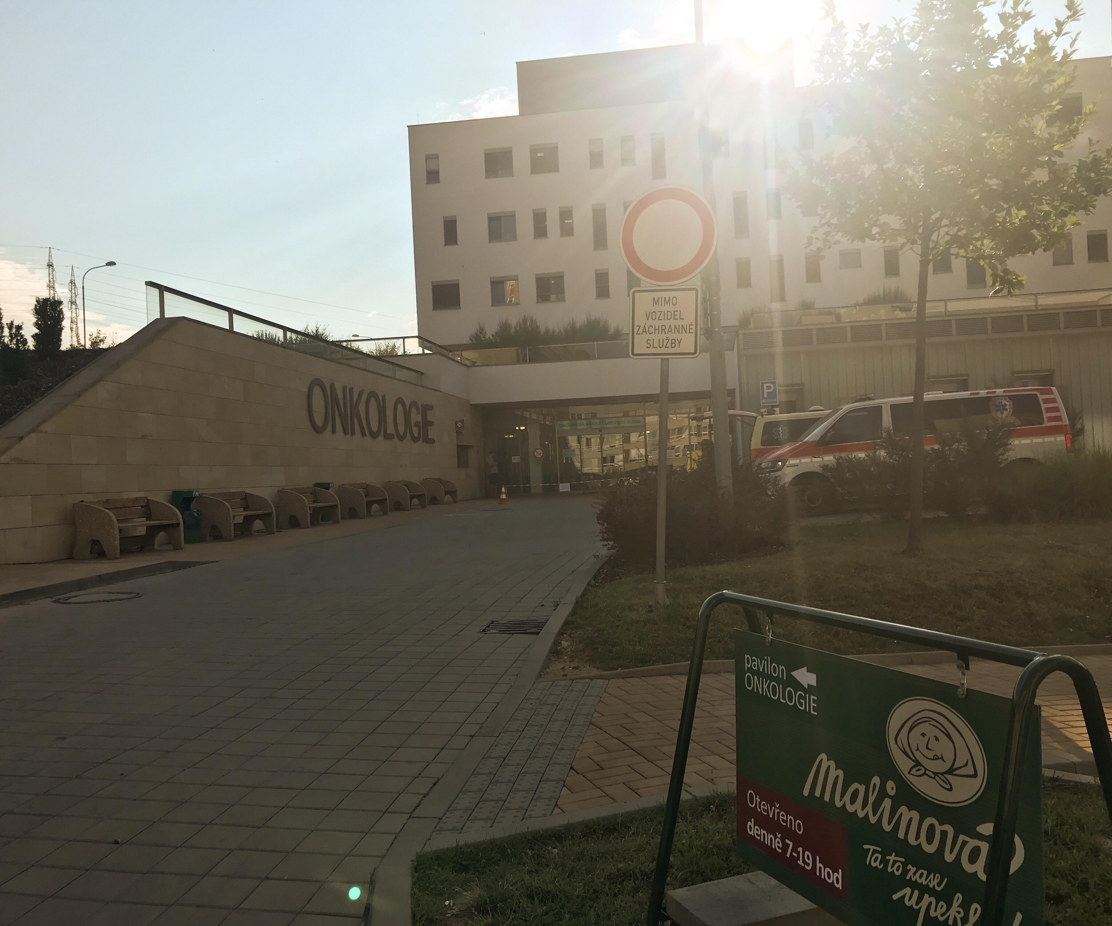 Plzeň - Fakultní nemocnice Lochotín, pavilon Onkologie