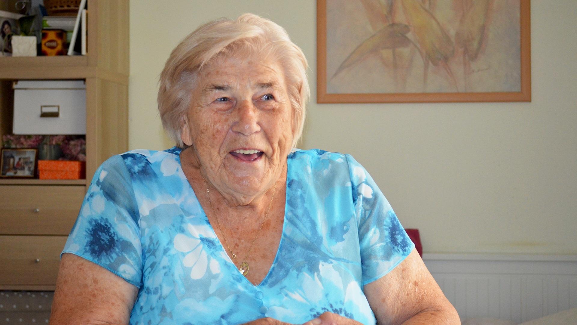 Paní Alžběta - 89 let NAŠE NEJSTARŠÍ MALÍŘKA