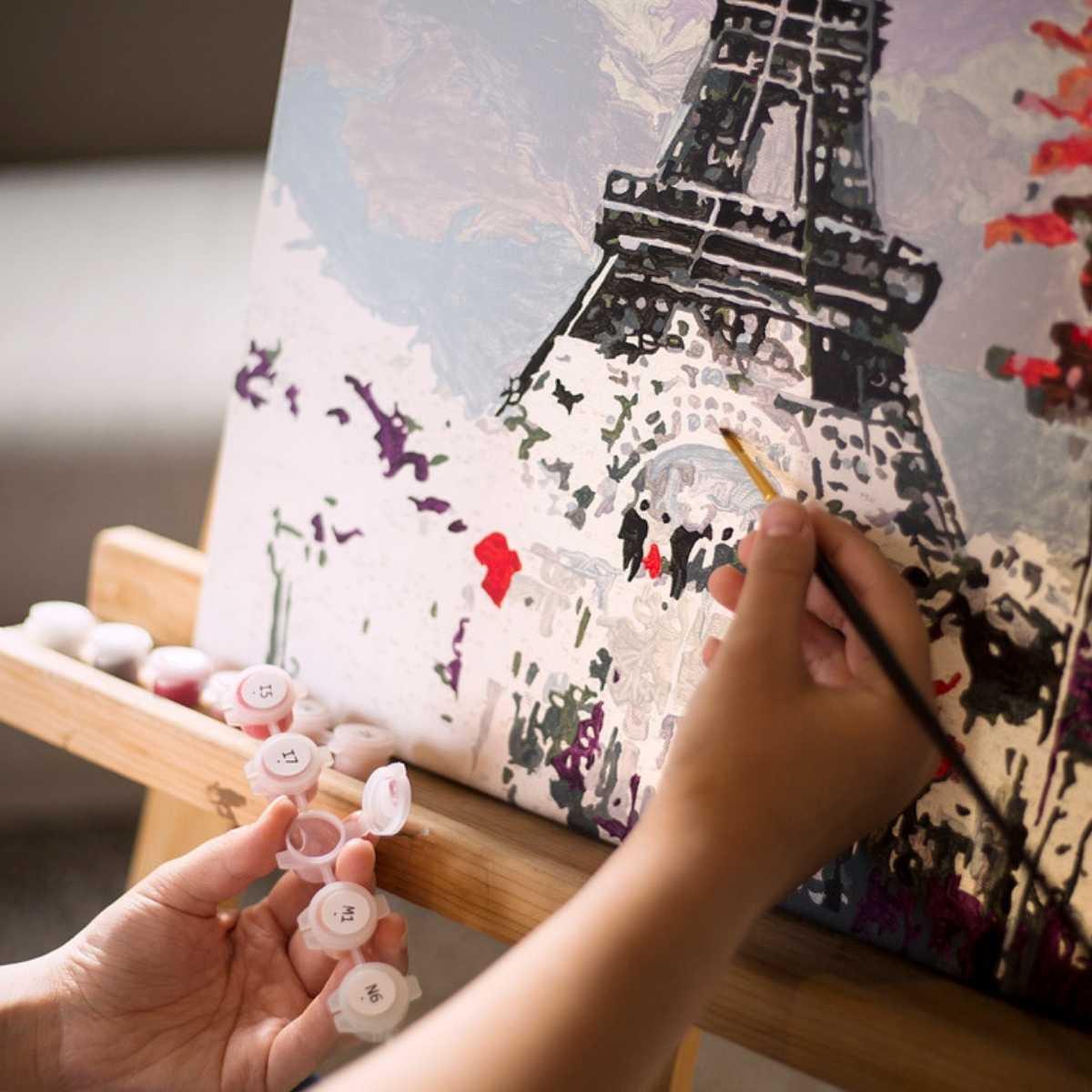 Víme, proč je malování podle čísel čím dál víc populárnější