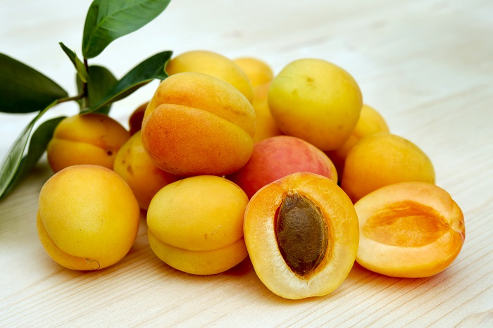 Canva - Bunch of Peaches