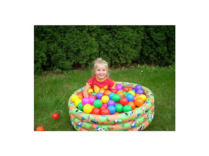 Sada míčků suché,mokré bazény, hraní 28 ks. Průměr 7 cm, 7 barev