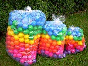 Sada míčků suché,mokré bazény, hraní 100 ks. Průměr 7 cm, 7 barev
