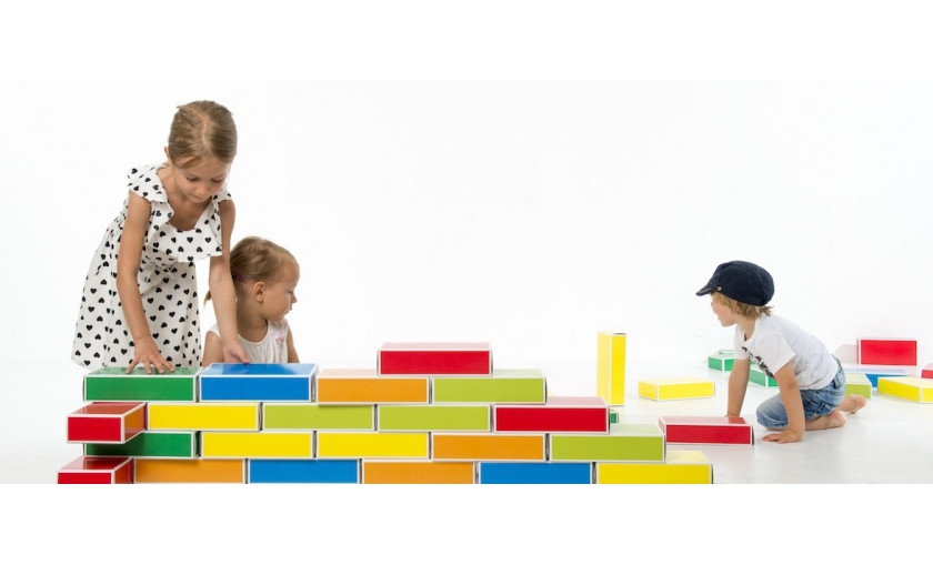 Farebné kartónové tehly BUNTBOX: Tehly pre malých staviteľov