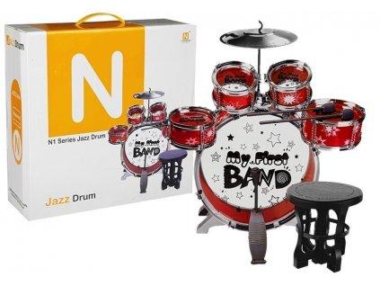 Bicie s bubnami, činelom a stoličkou My First Band