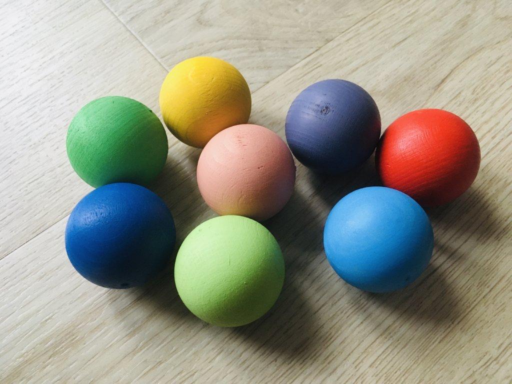 Buková koule - barevné
