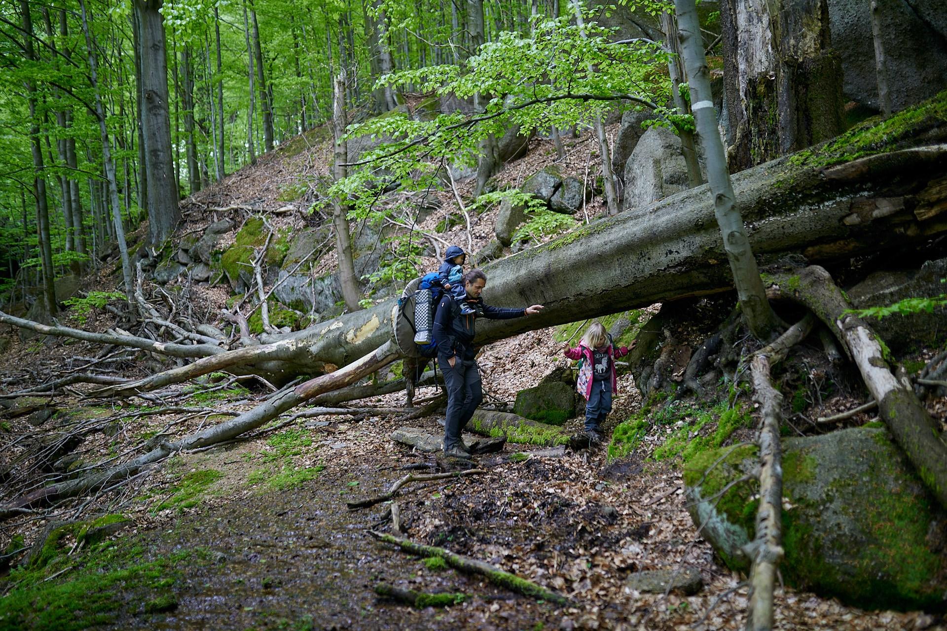 Kozlí jehla - přespání v divočině ( děti 1,75 roku a 5 let)