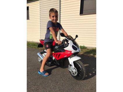 2406 detska elektricka motorka bmw cervena