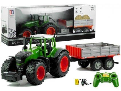 traktor s přívěsem (1)