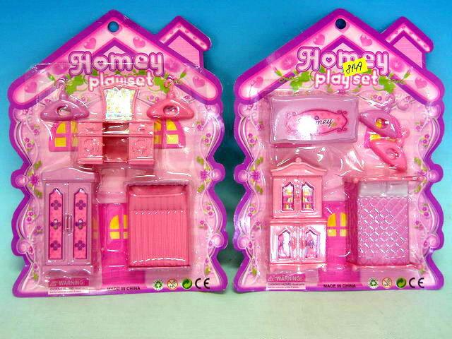 Růžový nábytek pro panenky